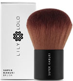 A kabuki brush will give your mineral foundation the perfect finish