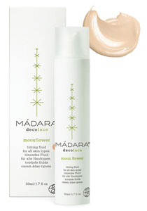Moonflower tinted moisturiser by Madara