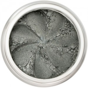 atte grey in a natural loose mineral powder formulation.