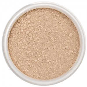 Lily Lolo Mineral Foundation – Popsicle - Light-medium, cool with pink undertones.