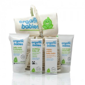 Green People Organic Babies New Baby Hamper