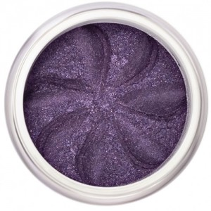 Deep purple shimmer in a natural loose mineral powder formulation.
