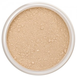 Lily Lolo Mineral Foundation – In The Buff - Light-medium, neutral with balanced undertones.